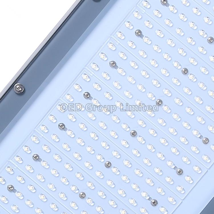 Outdoor LED Lighting 150LM/W 150W LED Street Luminare IP66
